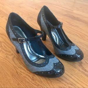 Retro Style Mary Jane Heels